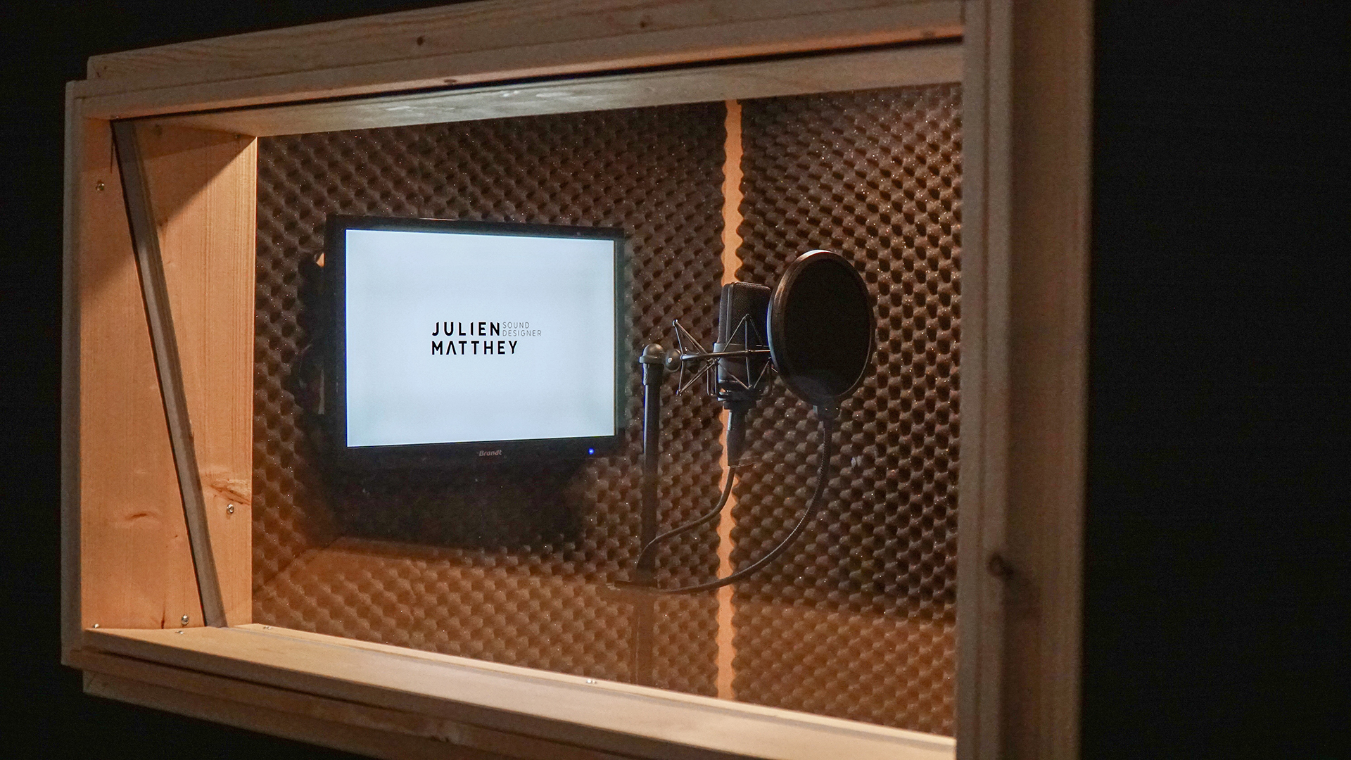 Recording Booth 2_resize